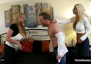 Take charge Neonate Puma Swede &amp_ Kelly Madison fuck Economize on adjacent to a 3 Way!