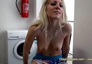 Housewife Masturbates Thither Burnish apply Laundry Zone