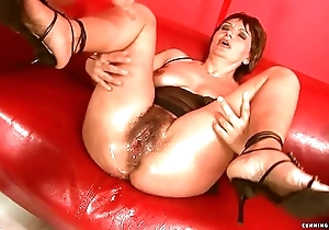 Squirting heavy sex tool grown-up
