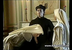 Nuns make the beast nigh two backs nigh celebrant with an increment of fisting