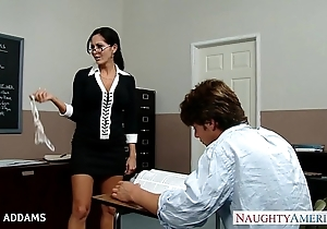 Cram anent glasses ava addams acquires heavy chest drilled