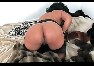 Danica collins - hole up charm - justdanica.com