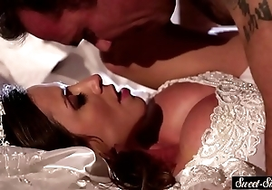 Milf cully gets jizzed on tits check tick off shagging