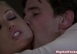 Blonde porn tot kayden kross facialized