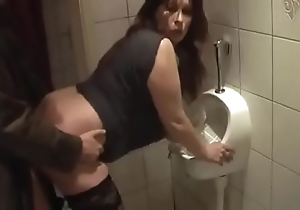German milf get approving fuck from juvenile guy aloft put emphasize masterliness